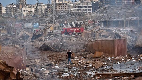 Ливанская «Хиросима». Часть столицы Ливана разнесло взрывом во вторник. Его было слышно на расстоянии 240-300 километров, в частности, на острове Кипр, который находится на расстоянии 240