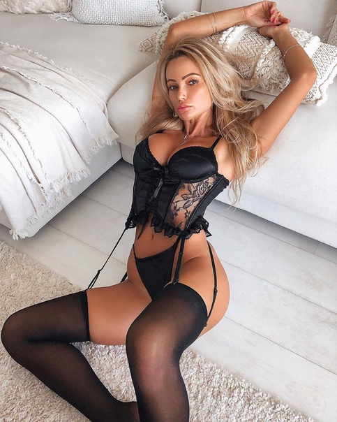 Instagram Babe Of The Abby Dowse Super Love Unknown Assoass 1