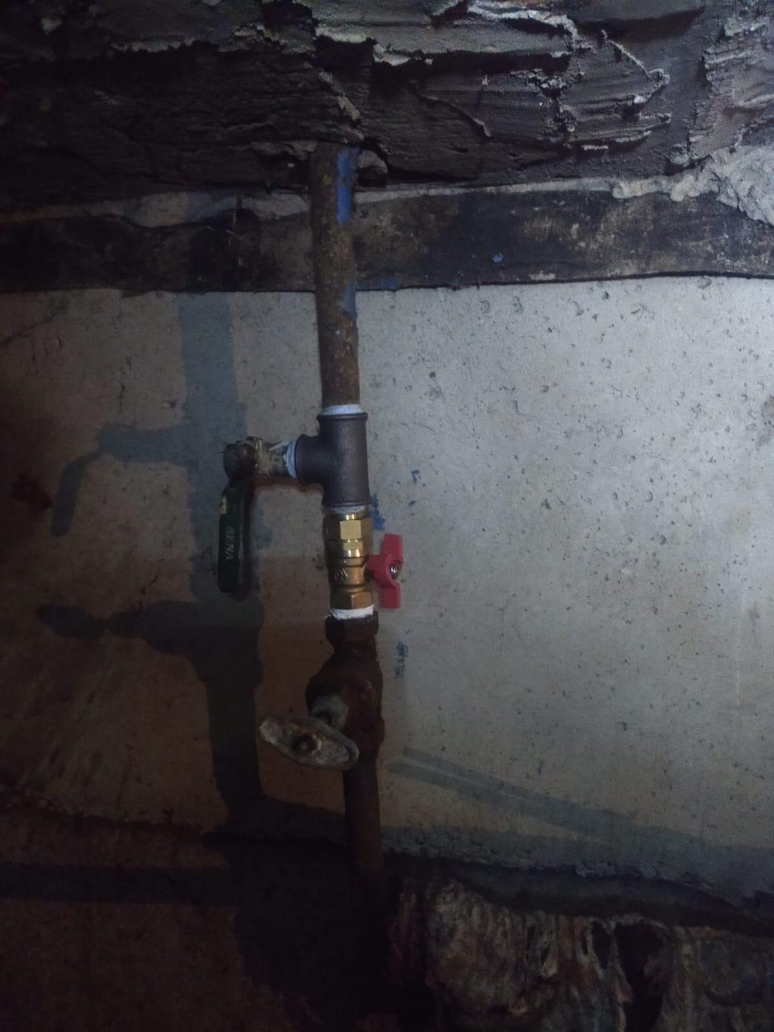 Улица Добролюбова дом 10 подвал ремонт стояка