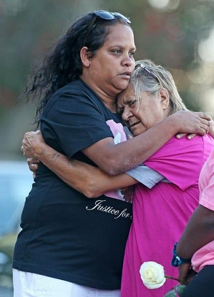 За что вы так с моей дочерью В Австралии маленькая девочка покончила с собой, узнав, что её насильника выпустили под залог.Несколько дней назад обезумевшая семья Анналисс Угл, представительницы