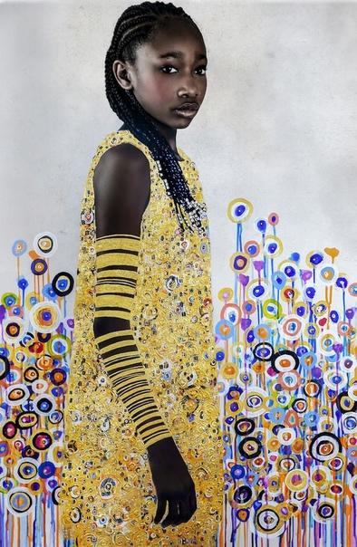 Фотохудожница Тони Чатмон (Tawny Chatmon воспевает красоту чернокожих людей и их причёски в своей блестящей серии под названием «Искупление». В коллекции портретов представлены молодые люди,