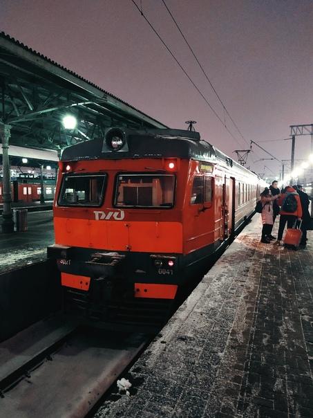всего фото электричек внутри ярославского вокзала часто встречаются