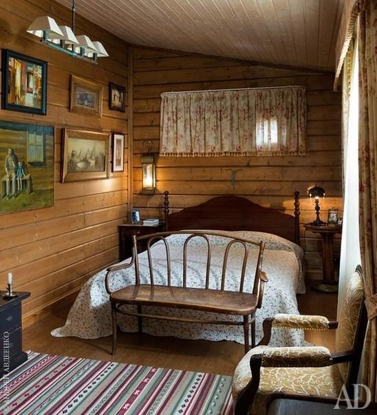 Хороши эти уютные спальни на даче!