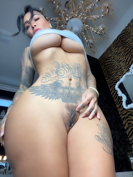 Brittanya Razavi These The Way Off Eroprofile 1