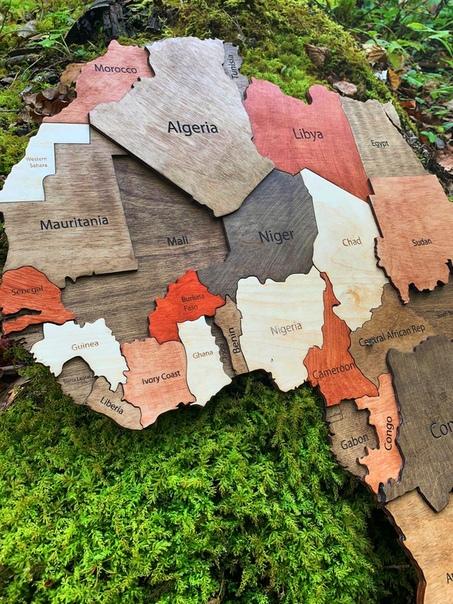 Карты мира из дерева