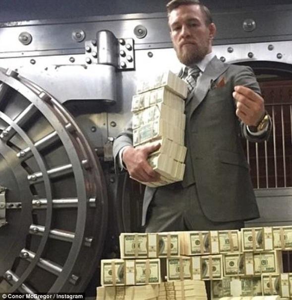 Боец UFC из Ирландии Конор Макгрегор заявил журналистам о том, что отправит своего будущего американского соперника Дастина Порье в нокаут По словам скандального ирландца, на это у него уйдёт не