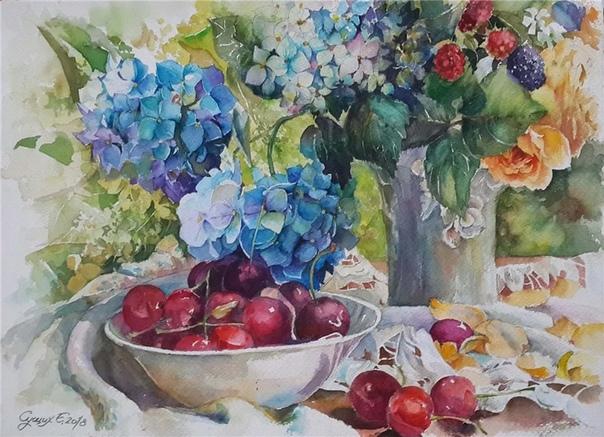 Художник Елена Александровна Сущих родилась в 1973 году